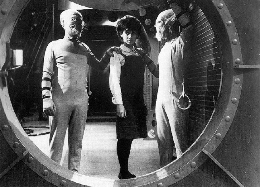 Susan and two Sensorites from Doctor Who And The Sensorites (BBC1, 1964).