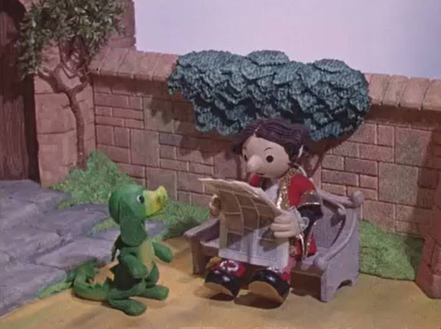King Boris and Pongo The Dragon from Rubovi (BBC1, 1976) - listen to Tim Worthington talking to Stephen O'Brien about it in Looks Unfamiliar.