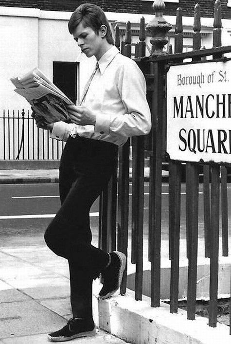 David Bowie in 1965.