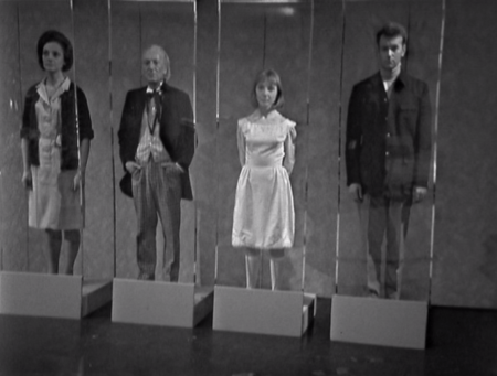 Jacqueline Hill, William Hartnell, Maureen O'Brien and William Russell in the Doctor Who story The Space Museum.