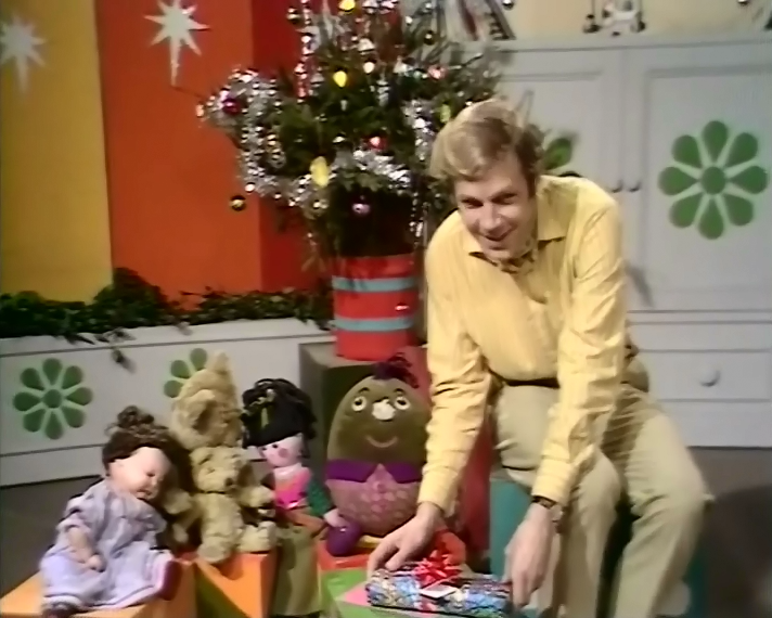 Play School (BBC1, 24th December 1970).