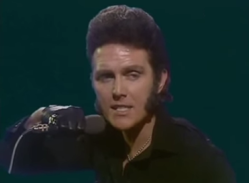 Alvin Stardust performing My Coo Ca Choo on Top Of The Pops (BBC1, 1973).