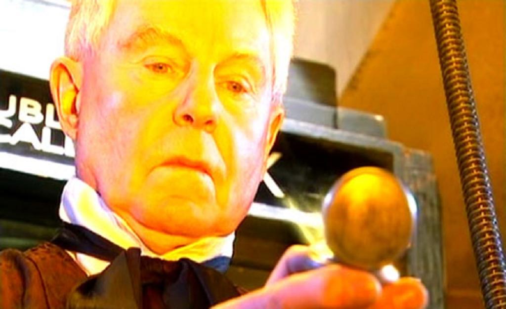 Derek Jacobi as Professor Yana in Doctor Who - Utopia (BBC1, 2007).