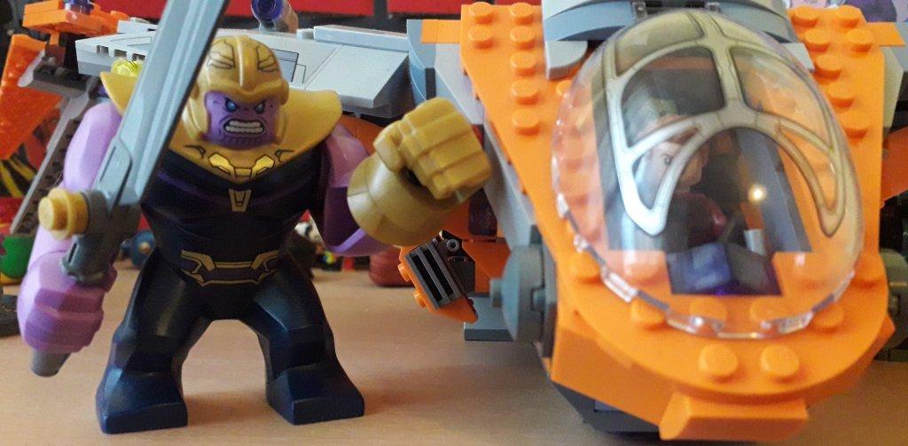 Lego Thanos.